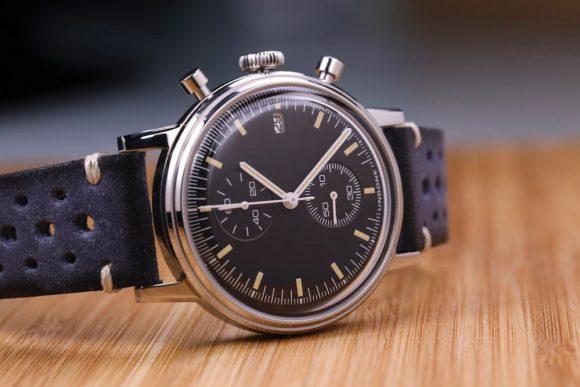 Undone Custom Retro Watch